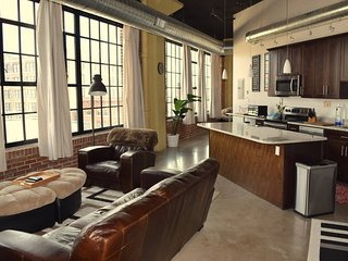 Stunning Loft with Incredible Views of Downtown!! - Saint Louis vacation rentals