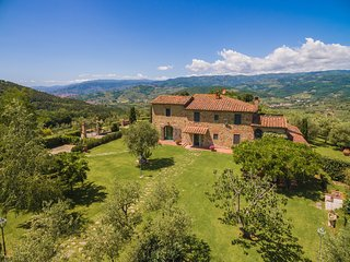 Beautiful Hilltop Villa in Tuscany with Spectacular Views - Villa Alessandro - Monsummano Terme vacation rentals
