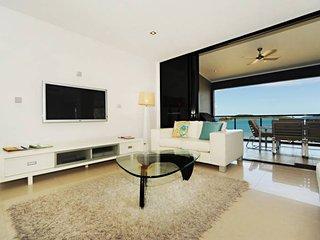 The Edge 19 Luxury 3 Bedroom Apartment - Hamilton Island - Hamilton Island vacation rentals