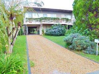 9 Islandview Crescent - Encounter Bay, SA - Encounter Bay vacation rentals