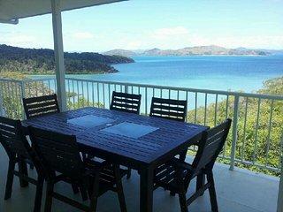 Passage Avenue - Shute Harbour - Airlie Beach vacation rentals