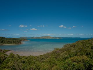 Passage Avenue - WHITSUNDAY SUITE - Shute Harbour - Shute Harbour vacation rentals