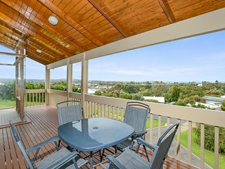7 Harpoon Avenue - Quiet Location and Great Views - Encounter Bay vacation rentals