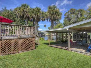 Canal Front Astor Home W/ Boat Slip. Just Off Hwy 40. Easy Access to Home & River-Snowbirds dream!! - Astor vacation rentals