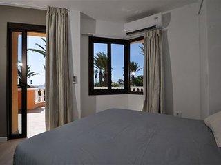 Tenerife Royal Gardens front line sea view - Playa de las Americas vacation rentals