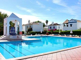 Arbe Yellow Villa, Cabanas de Tavira, Algarve - Cabanas de Tavira vacation rentals
