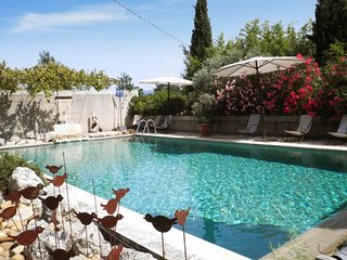 Beautiful house 10km from Avignon - Oppedette vacation rentals
