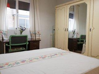 Great Double bedroom in city center - Granada vacation rentals