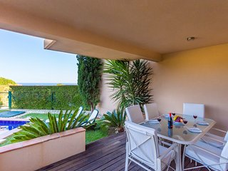 5* Luxury Two Bedroom Apartment with Private Pool - Luz vacation rentals