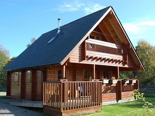 3 bedroom Cabin with Deck in Muir of Ord - Muir of Ord vacation rentals