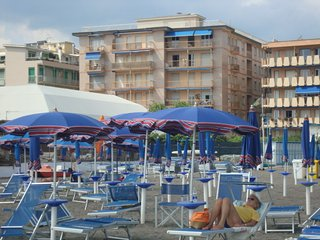 New apartment in front of the beach - Chiavari vacation rentals