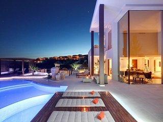 Perfect 6 bedroom Marbella Villa with A/C - Marbella vacation rentals