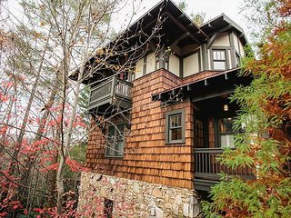 Tranquility Treehouse - Black Mountain vacation rentals