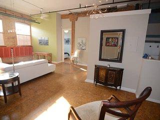 Metro Studio in High Park North - Toronto vacation rentals