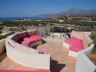 Contemporary penthouse with one bedroom - Makry-Gialos vacation rentals