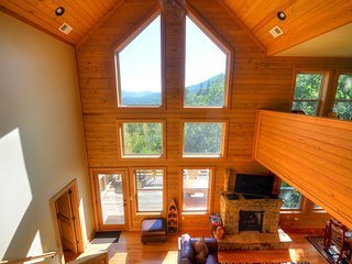 Firefly - amazing view of the Nantahala National Forest - Bryson City vacation rentals