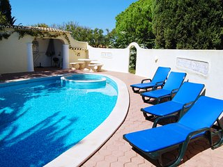 Vila Felicity, 2 Bed Villa With Pool, Porches - Porches vacation rentals