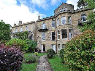 1 bedroom Apartment with Internet Access in Bath - Bath vacation rentals