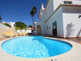 Holiday villa with pool within walking distance to the amenities - Carvoeiro vacation rentals