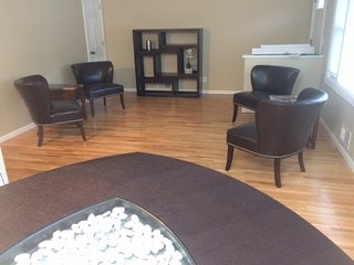 Furnished Executive Suite in Robbinsdale - Robbinsdale vacation rentals