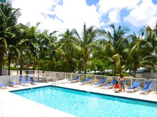 Beautiful Apartment Marina View - Max 8 People - Coconut Grove vacation rentals