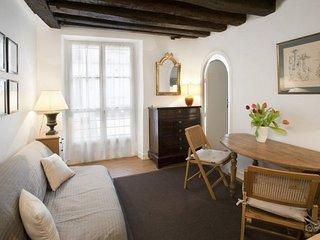 GowithOh - 20965 - Two bedroom apartment on the Ile de la Cité - Paris - Paris vacation rentals