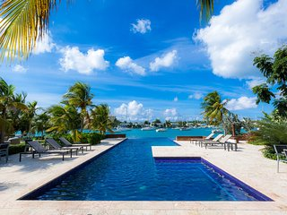 Jus' Beachy - Luxury 1 Bdrm Apt with Sleeper Sofa - Montego Bay vacation rentals