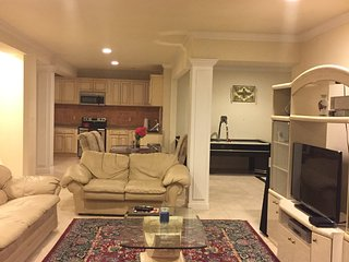 Bright kitchen , 2 bedroom one bath, private wifi - North Potomac vacation rentals