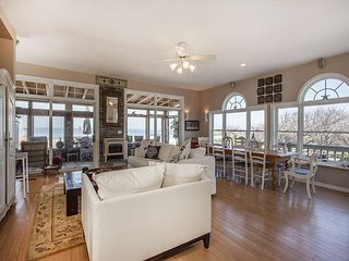 Spectacularly furnished luxurious 5 bedroom Beach House on the beach. - Wading River vacation rentals