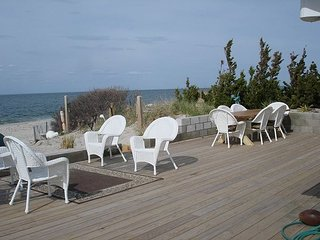 Luxury beach house most desirable close to Vineyards Rent A MONTH LOW PRICE! - Wading River vacation rentals