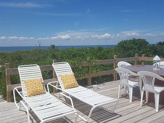 North Fork Cozy Beach House on the sand in Wine Country Farm stands - Mattituck vacation rentals