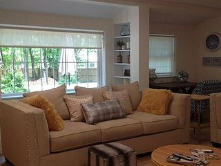Sandown Stone Cottage on the North Fork by the Sea & Vineyards Wading river. - Wading River vacation rentals