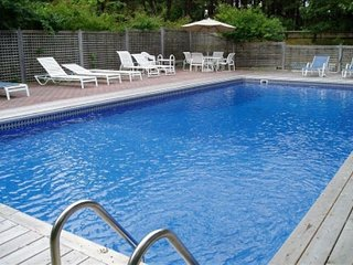 3BR Southampton Home, Heated Pool & Jacuzzi - Southampton vacation rentals