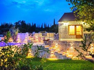 Cozy 3 bedroom Villa in Cilipi - Cilipi vacation rentals