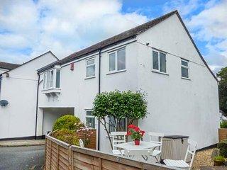 MOORSIDE, enclosed garden, WiFi, pretty Dartmoor village, in Horrabridge, Ref: 920084 - Horrabridge vacation rentals