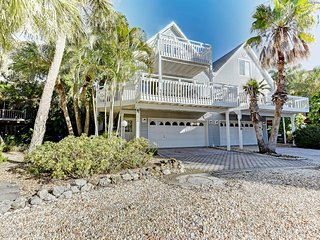 Beautiful North Gulf Villa 3Bed 2Bath - Holmes Beach vacation rentals