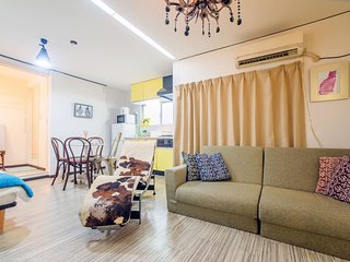 KM 4 Bedroom Apartment near Kuromon Ichiba 401/402 - Osaka vacation rentals