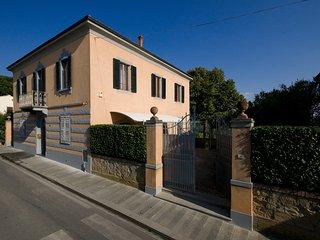 Villa in Small Village with Private Pool - Villa Fabbrica - Peccioli vacation rentals