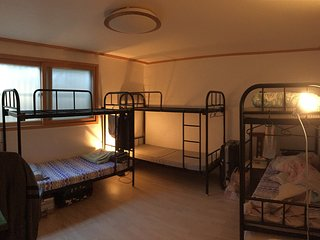 Comfortable Mixed Dorm @ Seoul_Free Breakfast - Seoul vacation rentals