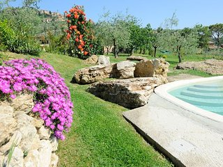 Private villa with pool with 7 bedrooms just 900 meters from Montepulciano - Montepulciano vacation rentals
