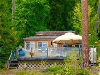 Lakefront Cedar Cottage & RV - Christina Lake vacation rentals