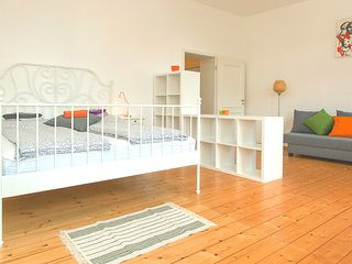 Comfortable Apartment close to Friedrichstraße - Berlin vacation rentals