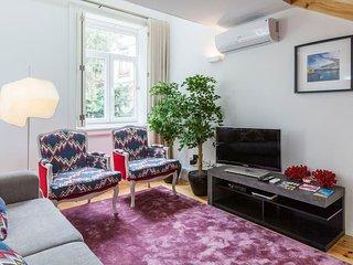 New&Luxury Flat with Mezzanine - Porto vacation rentals
