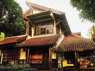 Exotic Villa dengan View Gunung Batu Malang - Batu vacation rentals