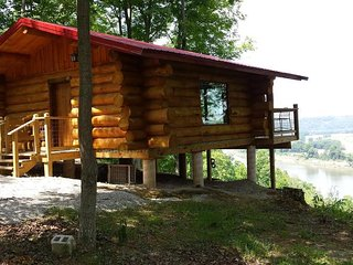 "Big Timber River Cabins ""The Hawk's Nest"" - Leavenworth vacation rentals"