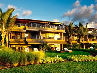 PAHO 4BR Beach Penthouse on Blue Bay - Pointe d'Esny vacation rentals