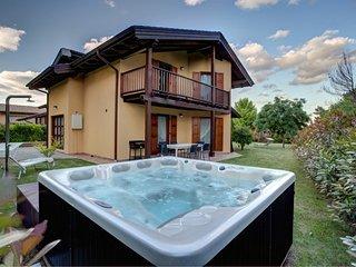 Pinonero Villa with private  pool - San Severino Marche vacation rentals