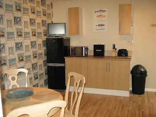 Romantic Condo with Central Heating and Washing Machine - Ammanford vacation rentals