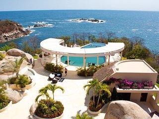 2 bedroom Oceanfront Residence - Santa Cruz Huatulco vacation rentals