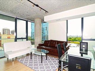 Chicago South Loop 2 Bedroom Luxury Suites - Chicago vacation rentals